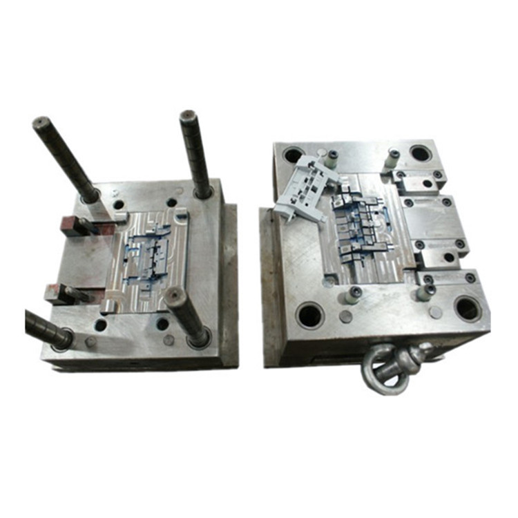 Smart mold plastic injection molding